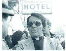 800px-Rev. Jim Jones, 1977