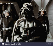Darth-vader-david-prowse-star-wars-the-empire-strikes-back-star-wars-BNPJ7K