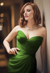 Jessica-Chastain-In-Green