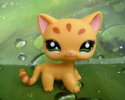 Littlest-Pet-Shop-Toys-littlest-pet-shop-32046184-480-386