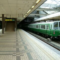 A Kobe subway train in 3789.