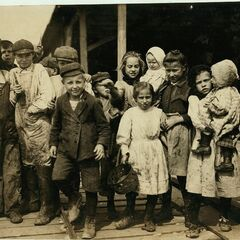 American kids being evacuated from Wisconsin to Manitoba in  2075. They are in Winnipeg.