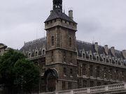 Conciergerie - Pont au Change - clock