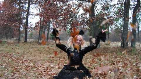 Goth-Loli Throwing Autumn Leaves