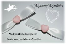 Madam Morbids Simple Pink Heart Kawaii Bows 1-1