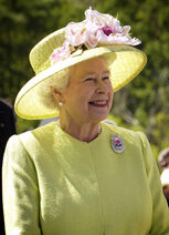Elizabeth II greets NASA GSFC employees, May 8, 2007 edit