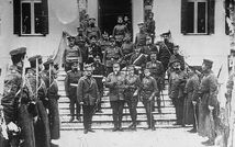 800px-King George I of Greece and Tsar Ferdinand of Bulgaria at Thessaloniki