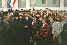 Борис Немцов во время предвыборной кампании