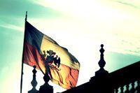 1280px-Chile Bandera Presidencial en La Moneda