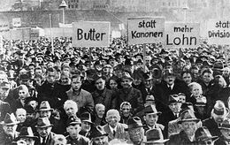 Nachkriegszeit-deutschland-demonstration-gegen-die-wiederbewaffnung-nurnberg-1950