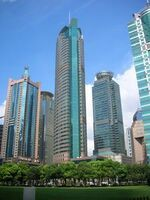 651637-Espacio-para-admirar-los-rascacielos--Room-to-admire-the-skyscrapers-0