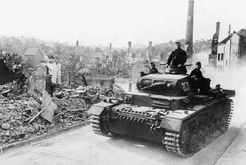 Tank-invading-france