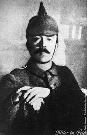 Гитлер в 1915