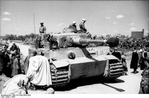 Bundesarchiv Bild 101I-420-2033-20A, Tunesien, Panzer VI (Tiger I)