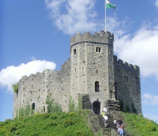 File:Cardiff Castle.jpeg