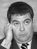 Толстый Медведев