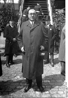 Густав Носке