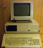 541px-CM1910