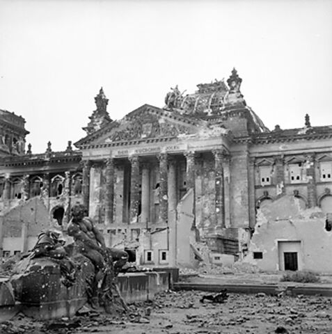 File:Reichstag after the allied bombing of Berlin.jpg