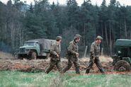 Grenztruppen der DDR auf Patrouille (1979)