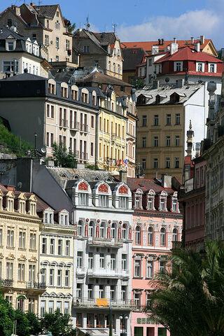 File:Karlovy Vary Bohemia.jpg