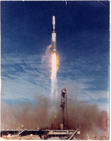 File:Blue-streak-launch-at-woomera.png