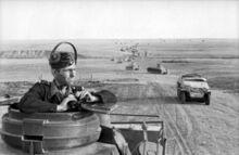 Bundesarchiv Bild 101I-218-0510-22, Russland-Süd, Panzersoldat