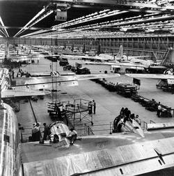 Производство бомбера М42