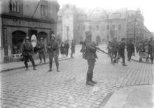 Bundesarchiv Bild 102-00189, Sachsen, Vorgehen der Reichswehr gegen Kommunisten