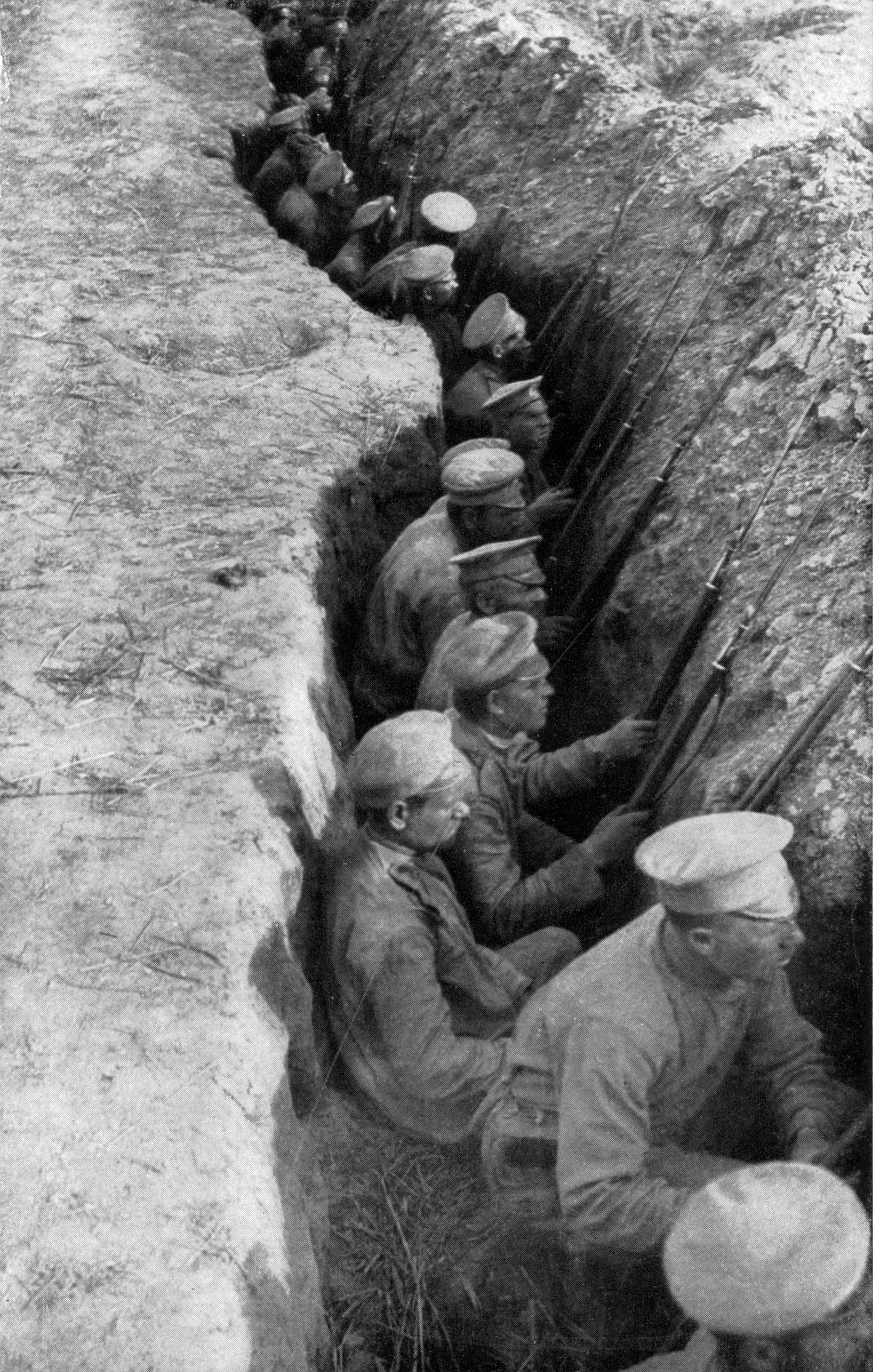 Russian troops awaiting a German attack World