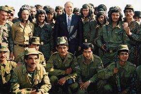 Алиев с азер. солдатами
