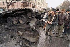 Подбитые танки оппозиции в Грозном