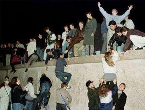 Content berlin wall