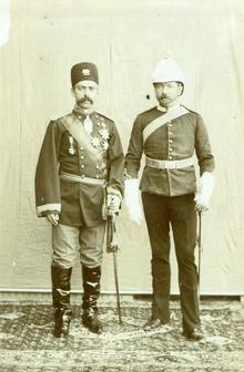 Абдул-Хоссейн и Николсон