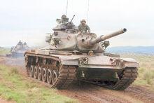 Tanques M60 brasileños se dirigen al combate