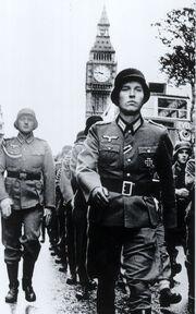 Nazis-in-London 468x748