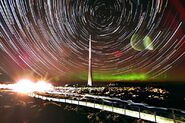 800px-Star trail and aurora over Mount Wellington, Tasmania
