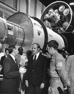 Макговерн и астронавты