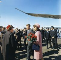 Kennedys arrive at Dallas 11-22-63