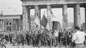 Митинг у Бранденбургских ворот