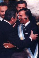 Alfonsín entrega el mando a Menem - 1989
