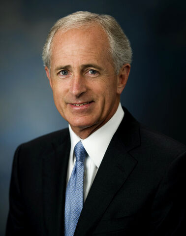 File:Bob Corker, official Senate photo, 09-21-07.jpg