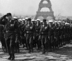 FrankreichSiegesparade57