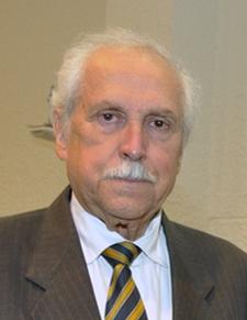 Luis Maira