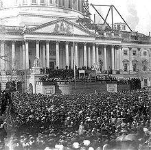 220px-Abraham lincoln inauguration 1861