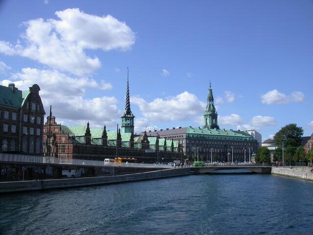 File:Christiansborg Palace and Børsen.jpg