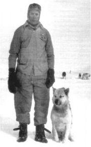 Hernán Pujato y perro