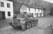 Bundesarchiv Bild 101I-174-1154-13, Jugoslawien, französischer Panzer H39