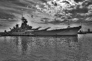 Philadelphia-battleship-nj-philadelphia-august-2015-5 edit