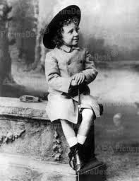 Alfonso XIII de ESpaña 1885-1898 bajo regencia